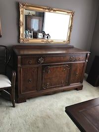 Urgent Moving Sale ( Antique Dining Room Set) Beaconsfield, H9W 1K3