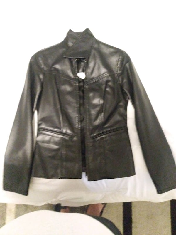Size 0 woman's leather jacket asking for 500 OBO e28f2586-9e35-4c1d-86bc-bcdd8026fe59