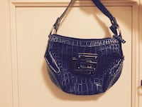 "Hobo bag ""Guess"" in pelle di coccodrillo blu"