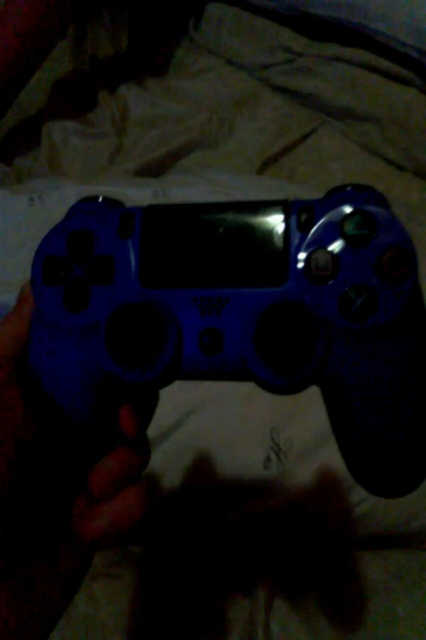 Ps4 generic game console controller no mic or headphone jack