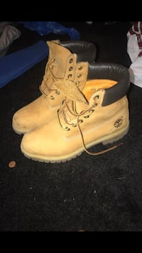 Worn Timberlands Washington, 20032