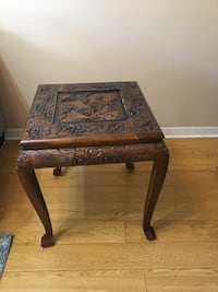 Oriental End Table  Mississauga, L5J 1J4