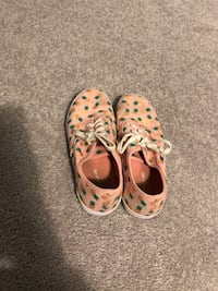 American eagle kids summer shoe Toronto, M4C 5A8