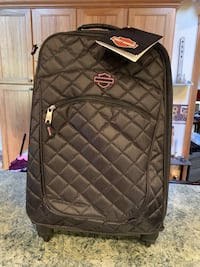 NEW from Harley's Pink Collection - Rolling luggage Fairmont, 26554