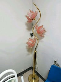 brown and white floral pendant lamp Mississauga