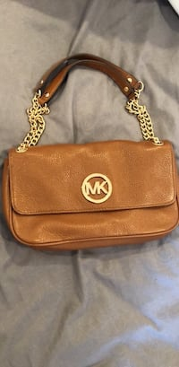Michael Kors handbag Skokie, 60077