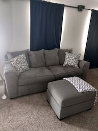 Couch like new. Used in master bedroom Chandler, 85249
