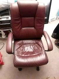 brown leather padded rolling armchair Hampton, 23666