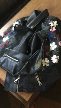 Black and white floral leather jacket Charlotte, 28208