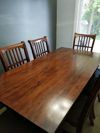Dining Table - Good condition Kitchener, N2H 6H3
