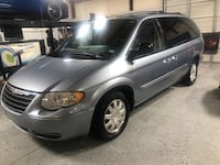 2006 Chrysler Town & Country Stallings