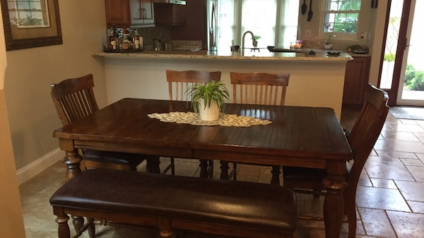 Havertys Dining Table Set