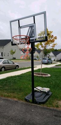 Basketball Hoop (Adjustable) Woodbridge, 22192