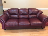 Leather couch  Germantown, 20876