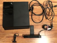 PS4 Huge Bundle 500gb With 20 Games , Camera, Controller, Headphone and Controller Adult Owned and in Excellent Shape!!! Reset to Factory and Ready to go Maple Ridge, V2X 3W1