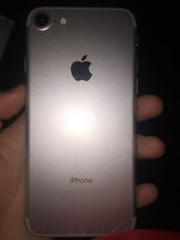 I phone 7 almost perfect condition white London, N5V 5G9
