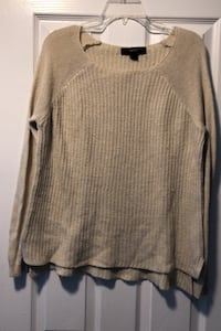 Forever 21 sweater- small Howell, 07731