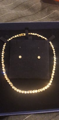 gold and diamond studded necklace North Potomac, 20878