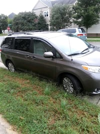 List of Toyota Sienna 2012 excellent condition Gainesville