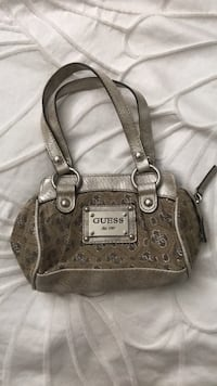 Adorable mini Guess purse for sale. $25 obo. Calgary, T2R