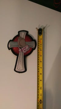 "8""x5.5"" cross with praying hands patch Surrey, V3S 6V5"