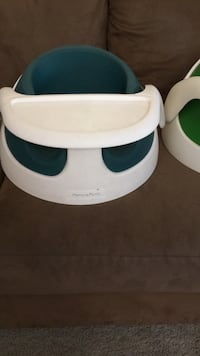 White and blue bumbo floor seat Bakersfield, 93311