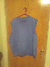 Man size 5x knitted vest  London, N5Y 3L7