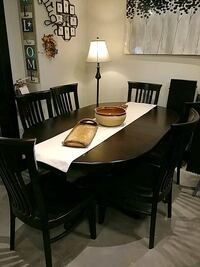Brown Maple table with 6 chairs Orangeville, L9W