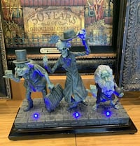 Haunted Mansion Hitch hiking Ghost