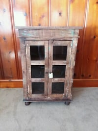 New solid wood distressed storage cabinet Lexington, 27292
