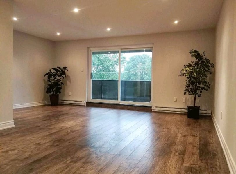 BY OWNER 3 BEDROOM 2 BATHS TOWNHOUSE  0038820a-c32b-47c4-8a85-7eedf7c10d77