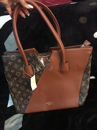 brown and black Louis Vuitton leather tote bag Fresno, 93702
