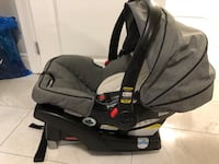 Graco Clik Connect Infant Carseat and Base Grimsby, L3M 5P3