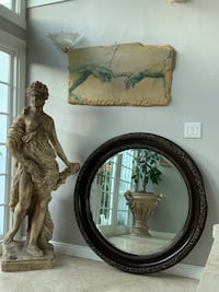 Beautiful 46' round Mirror in a really good condition. Laguna Niguel, 92677