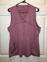 Magellan sleeveless XL  Chattanooga, 37411