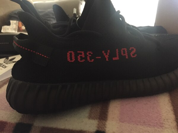 4b8e84f1f74cf Brukt Adidas Yeezy Boost 350 v2 Core Black Red til salgs i Long Beach