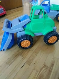 toddler's blue and green ride on toy Montreal, H1G 3W3