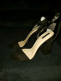 Black sling back block heel (forever 21) 219 mi