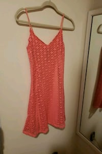 Flared coral/pink dress size small Mississauga, L5B