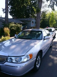 Lincoln - Town Car - 2003 Sherwood, 97140