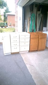 Assorted size kitchen cabinets  Brampton, L6T