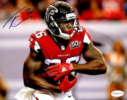 Tevin Coleman Atlanta Falcons Signed photos