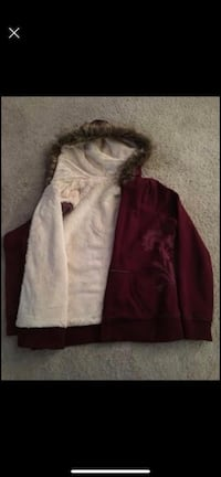 Women's lined warm zip jacket with hood. No tears, no stains. Excellent condition Woodbridge, 22191