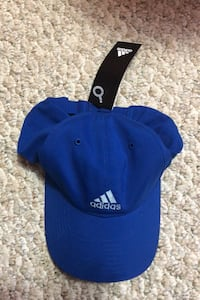 Adidas brand new hat tags on
