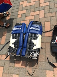 Goalie gear set Toronto, M9W 2K1