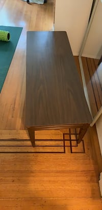 Wooden coffee table Vancouver, V6E 1J5