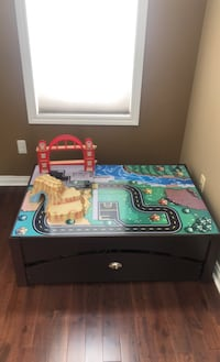 Kid craft train table Shelby Township, 48315