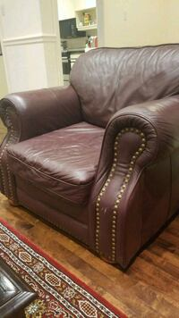 brown leather tufted sofa chair Montréal, H4M 1W1