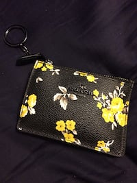 Coach ID wallet / change purse  Mississauga, L5E 2G8