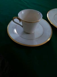 Set of 2 coffee cups and saucer plate Greentown, 18426